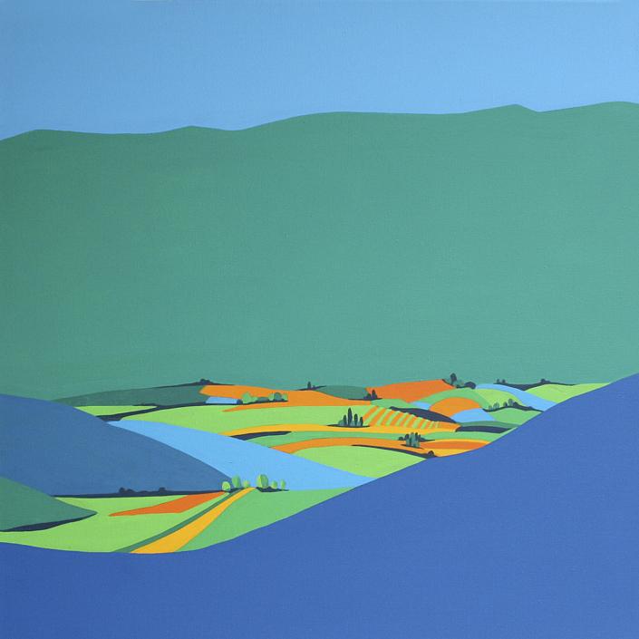 Felder mit Bergen im Hintergrund