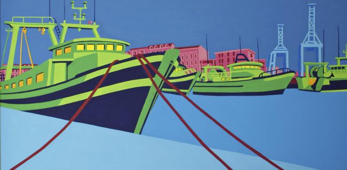Grüne Fischerboote vor Anker